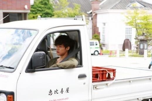 [مقـــال]: كيم هيون جونغ - مجموعة مقالات عن الخلافات حول عرض دراما فاتح المدينه على قناة KBS ..~